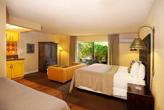 Hotel Pepper Tree Boutique Kitchen Studios - Anaheim: Courtyard King Kitchen Studio