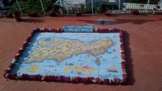 Hotel La Palma : capri en mapa