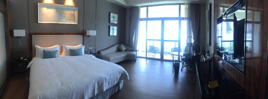Gelang Patah, Malaysia: A panoramic view of our room