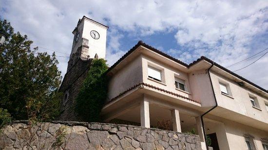 Iglesia Parroquia de San Andres de Carrena