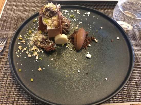 Tata, Hongaria: Chocolate and hazelnut