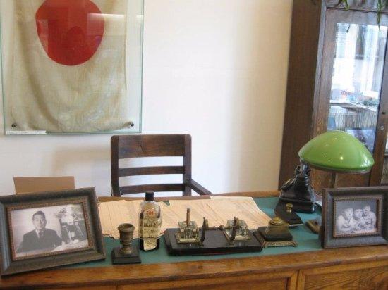 Sugihara House: 전시물