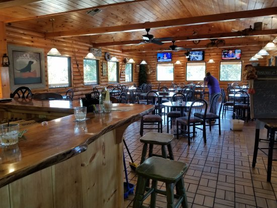 Shell Knob, MO: Nice Dining room with bar and dining area.