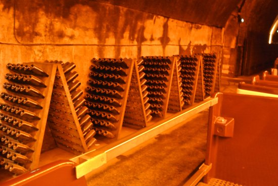 Champagne-Ardenne, Francia: The cellars of Mercier champagne