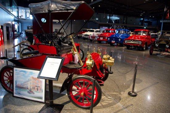 Invercargill, Nya Zeeland: Old cars
