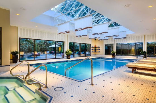 Sutton place hotel vancouver 171 2 5 0 updated 2017 prices reviews british columbia for Indoor swimming pools vancouver
