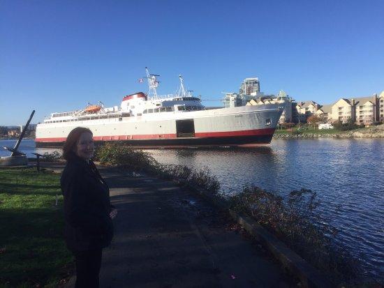 Port Angeles, WA: The Coho in Victoria's Inner Harbor