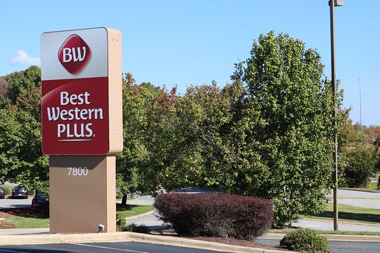 Best Western Plus Greensboro Airport Hotel: Experience the meaning of true comfort at the Greensboro Airport Hotel.