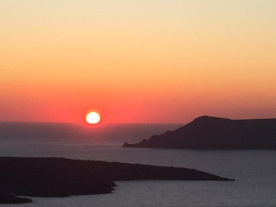 Porto Fira Suites: Sunset from our private verandah - everyday!