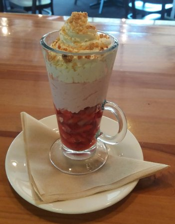 Saint Arnaud, New Zealand: Summer in a cup...