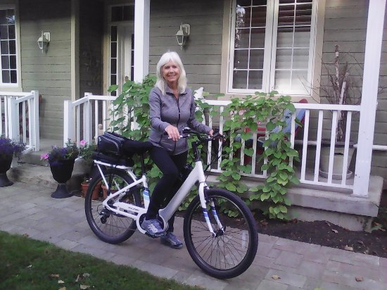 Meaford, Canada: Happy customer with an ebike