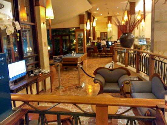 Novotel Surabaya Hotel and Suites: IMG_20171012_192501_HDR_large.jpg