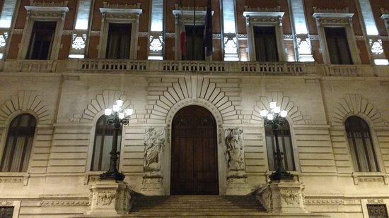 20170914 171805 palazzo di for Sede camera deputati
