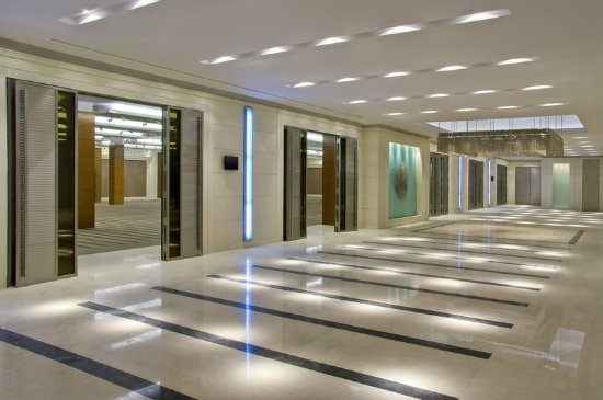 Sheraton dammam hotel convention centre updated 2017 for Foyer accommodation
