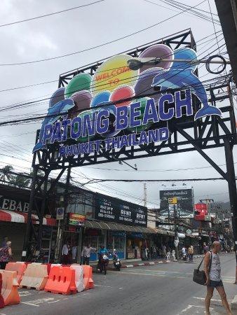 Patong Beach : Avoid!