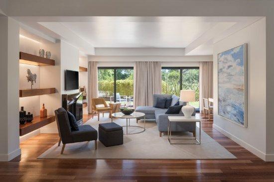 Sheraton Cascais Resort: Premium Three-Bedroom Residence Living Room