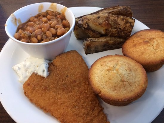 Stevenson, AL: Fish, potatoes and beans on a Monday lunch