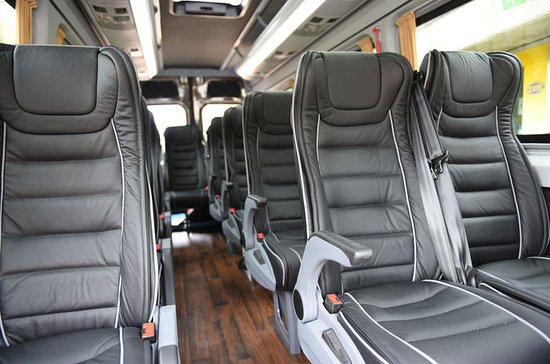 Private Arrival Transfer from Zurich Airport to Zug