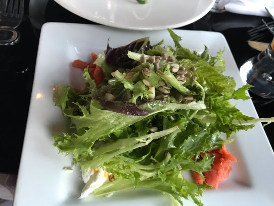Green salad, Masthead Restaurant , 1705 Cowichan Bay Rd., Cowichan Bay, British Columbia