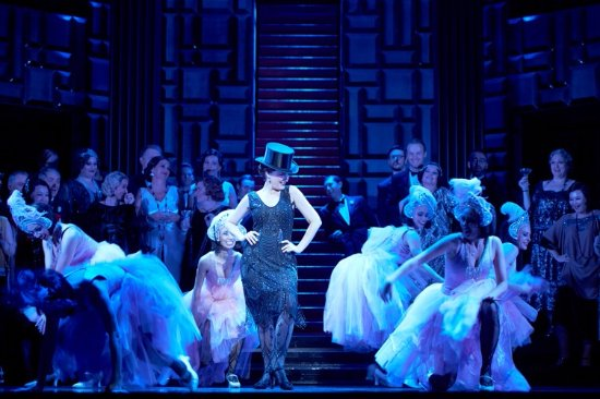 Opera Australia : Production of The Merry Widow at the Sydney Opera House