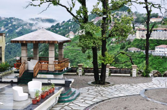 Mussourie Resort Area: costly but worth