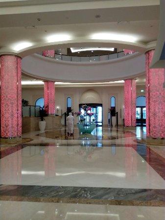 Bahi Ajman Palace Hotel Photo
