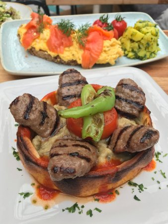 "Cafe Cadde: Meatball with ""beğendi"""