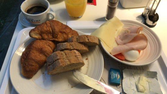 Ibis Milano Centro: Ontbijt