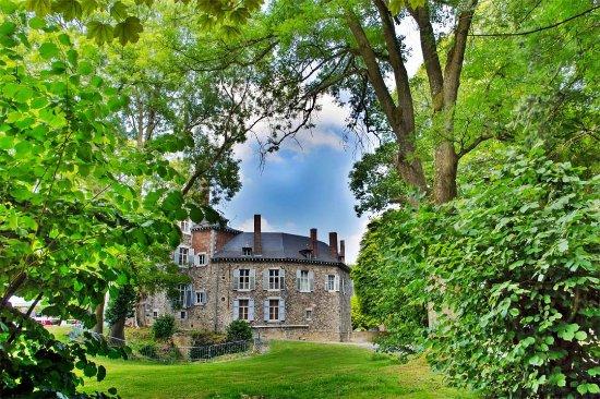 Chateau de Waroux