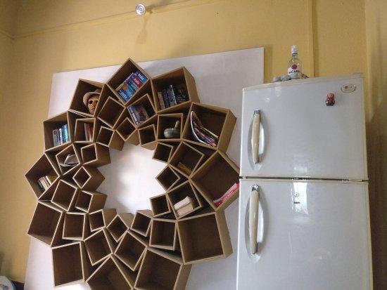 Anjuna, India: Common room Bookshelf