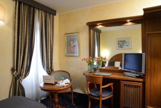 Nuovo Hotel Quattro Fontane Resmi