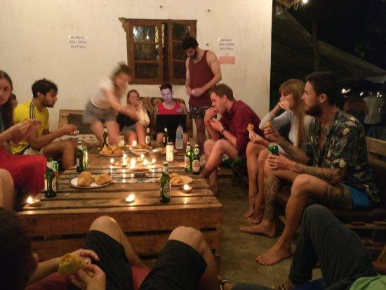 Anjuna, India: Common chill area