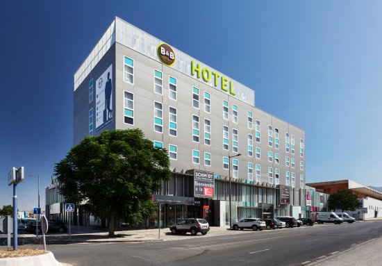 B&B Hotel Granada: Fachada