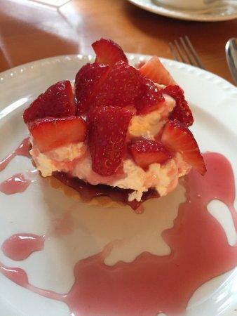 Turriff, UK: Strawberry tart - oh my word!