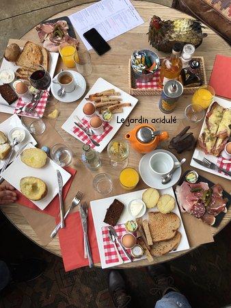 Saint Cyr l'Ecole, Frankrig: norte table