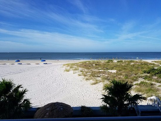 Barefoot Beach Hotel : View from the balcony!