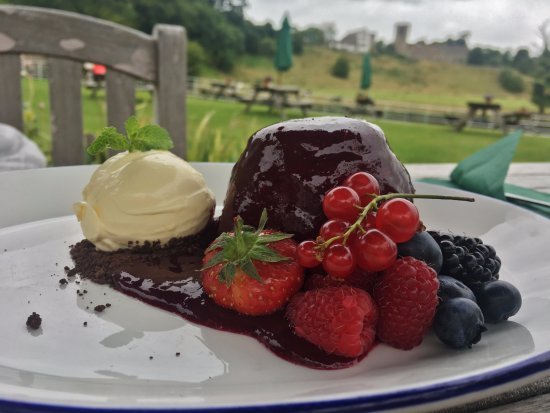 Whalley, UK: Summer pudding