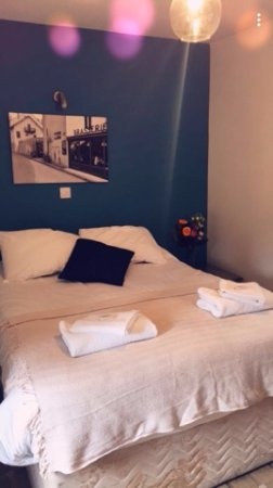 Leven, UK: Double Room with Private Bathroom, Shower, Television, Coffee/Tea Making Facilities