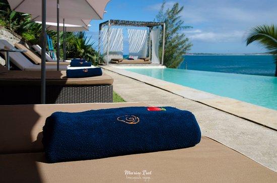 Pool - Picture of Talinjoo  Hotel, Tolanaro - Tripadvisor