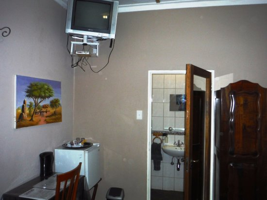 Anandi Guesthouse: Not so new rooms!