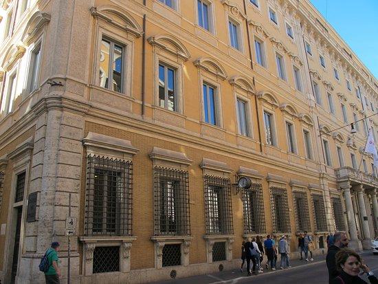 Palazzo de Carolis