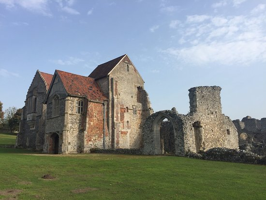 Castle Acre, UK: outside of the living quarters.