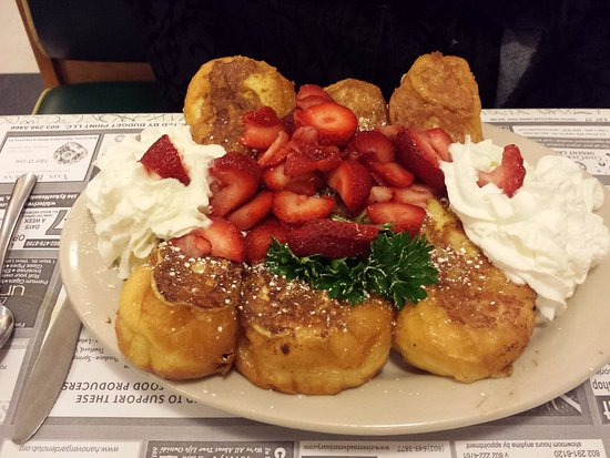 Hanover, NH: Lou's Cruller French Toast