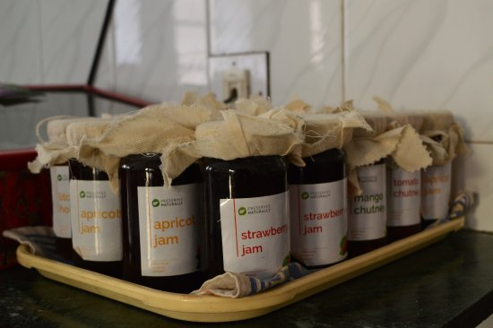Tara Niwas: Jams & Preserves Home Made