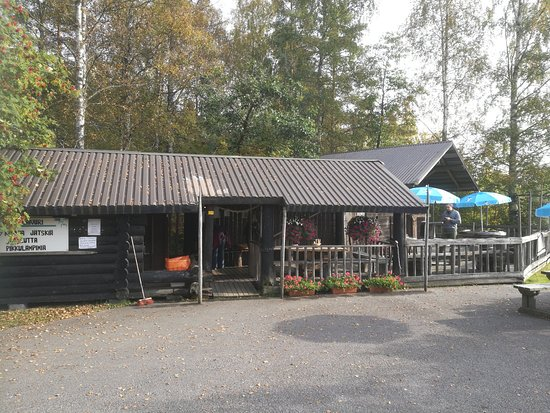 Vastra Gotaland County, Suecia: coffee shop with seats outside