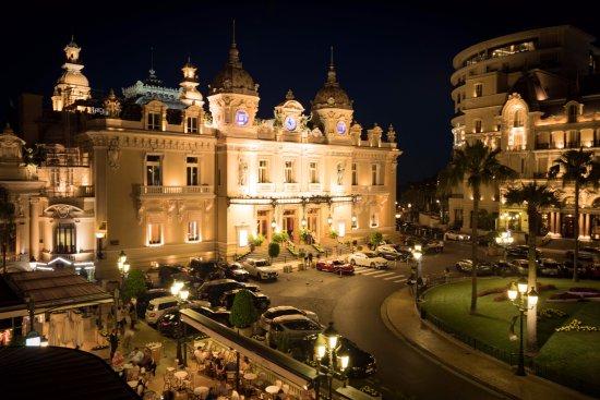 Brasserie du Cafe de Paris Monte-Carlo : Vista do Terraço para o Cassino...!!!
