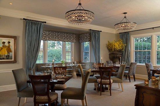 Huntly, VA: The dining room
