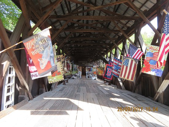 Glen, NH: Some Entrance