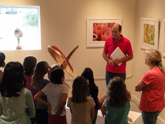 ArtSpace Herndon: Artists explaining his work to children