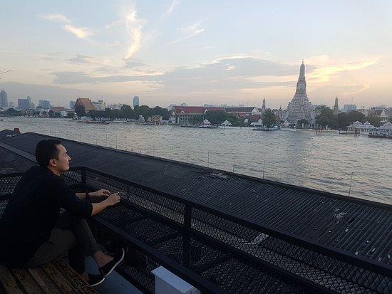Trok Tha Tian Roof Bar & Restaurant, Bangkok - Phra Nakhon